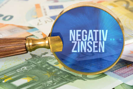 Euro bills and negative interest rates