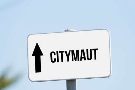 A sign indicates the city toll Imagens