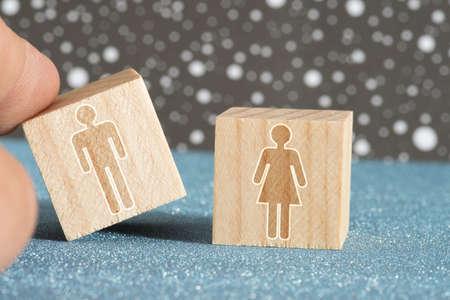 Ein Mann und eine Frau bilden ein Paar