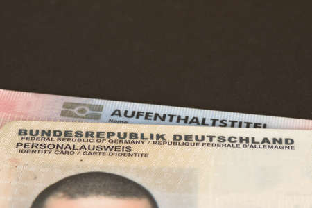 Residence permit and German identity card