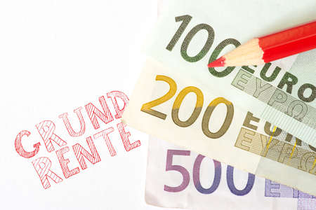 The basic pension and euro banknotes