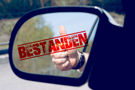 A car, driver's license and exam passed Standard-Bild