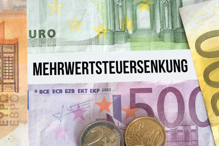 Euro banknotes and lower VAT