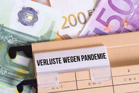 Euro banknotes and losses due to pandemic Banque d'images