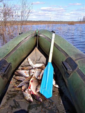 Fischen in Schlauchboot