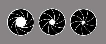 photo artistique: silhouette de vecteur du diaphragme sur fond blanc