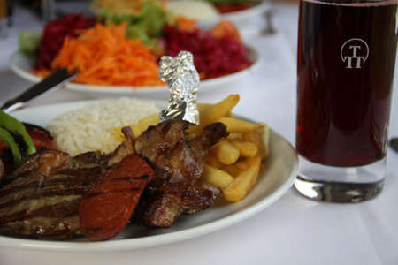 rice plate: Turkish style mixed grill