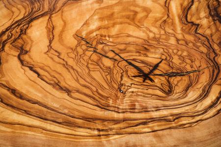 Olijfhout bruine textuur achtergrond close-up.