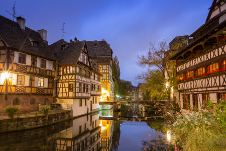 Straßburg an der Dämmerung, Frankreich