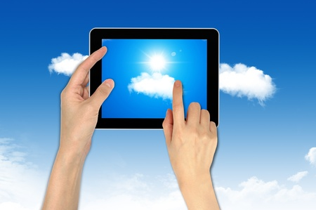 Computer on the cloud, for colud computing concept and business Stock Photo - 10473498