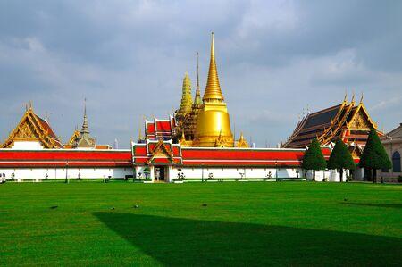 The Royal Grand Palace, Bangkok, Thailand photo