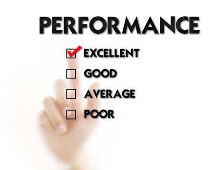 evaluacion: Dedo del Empleado presionando formulario de evaluación