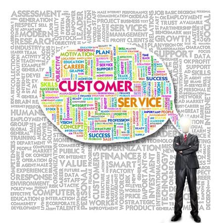 instances: Uomo d'affari e la testa lampadina con Word cloud concetto di business per