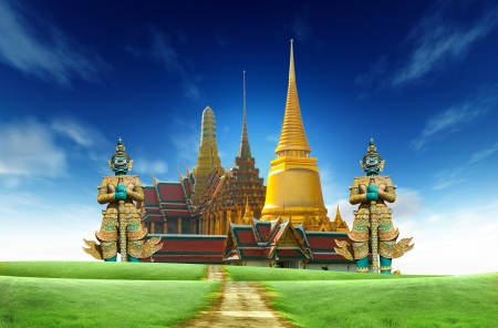 grand palace: Landscape road side on the green grass