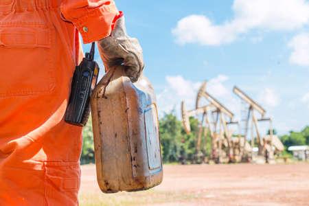 beam pump: Take sampling crude oil at beam pump