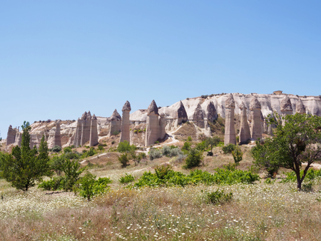 Love valley. Goreme national park. Landscape at Cappadocia, Turkey Imagens