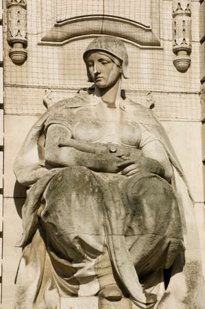 gunnery: Allegorical statue depicting gunnery   Admiralty Arch between Trafalgar Square and The Mall, Westminster, London