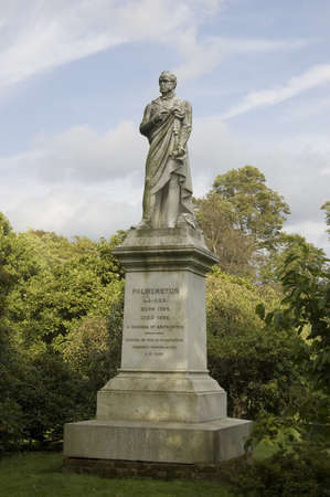 whig: Memorial statue to Henry Temple, 3rd Viscount Palmerston  1784-1865 , Prime Minister of the UK twice