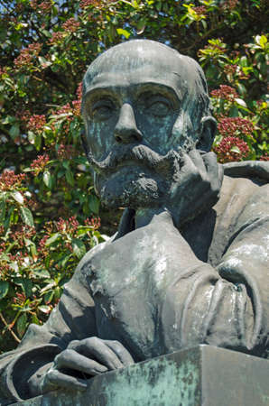 he is public: Bust statue of the playwright and poet Riccardo Selvatico  1849 - 1901  on display in the Giardinni, Venice   A city he was once mayor of   On public display since 1903