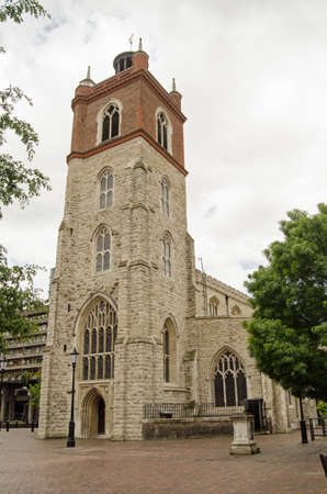 giles: The historic church of St Giles, Cripplegate in the Barbican, City of London  Stock Photo