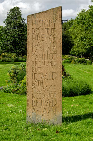 south london: LONDON, UK - MAY 24, 2014  Public memorial in Kennington Park to more than one hundred civilians killed in a single bomb during the Blitz on October 15, 1940   Lambeth, South London  Editorial