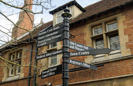 places of interest: Fingerpost in the centre of Abingdon pointing to places of interest in the Oxfordshire town