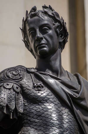 king james: Bronze statue of the late King James II wearing the uniform of a Roman Emperor in Trafalgar Square, London   Believed to be sculpted by Grinling Gibbons and on public display in London since 1686