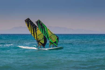 windsurf: Tandem Windsurf en Grecia.