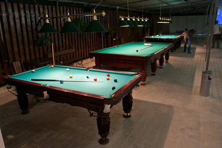 snooker rooms: Balls and cue in the American billiards and pool