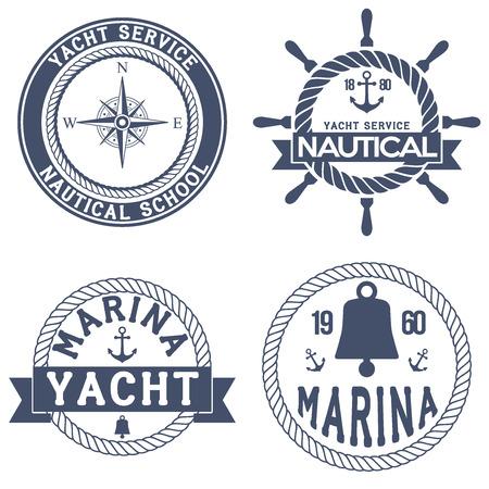 timon de barco: Conjunto de insignias Yacht náuticos. Ilustración del vector aislado en el fondo blanco. Vectores