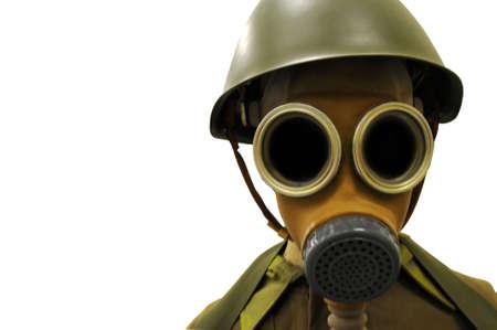 Soldaat in de eerste Wereldoorlog gas masker geïsoleerd Stockfoto
