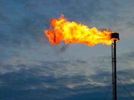 레코딩 석유 가스 플레어의 사진