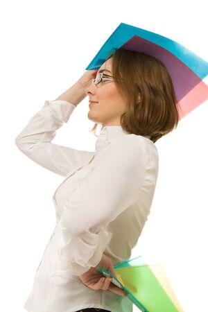 Bild von Geschäftsfrau, die bunte Faltblätter und Nachschlagen Standard-Bild