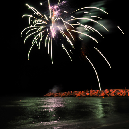 fireworks to the sea