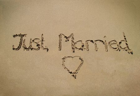 heart on the sand: Just married
