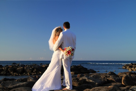 Married bride and groom beach wedding Stock Photo - 8881841
