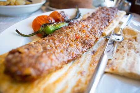 turkish and arabian traditional adana and urfa kebab minced meat kebab turkish food culture 版權商用圖片
