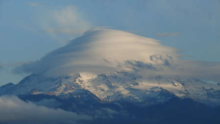 lenticular: Lenticular cloud over Mt. Rainier