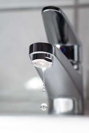 llave de agua: Goteo grifo