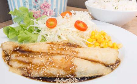 dolly: Dolly bistecca di pesce e riso