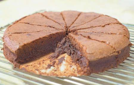 plato del buen comer: pastel de chocolate, brownie, efecto de la vendimia