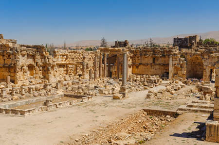 Baalbek Ancient city in Lebanon.Heliopolis temple complex.near the border with Syria.remains Banque d'images - 92052449