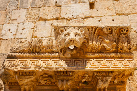 Baalbek Ancient city in Lebanon. Heliopolis temple complex. Near the border with Syria. Banque d'images - 92867588