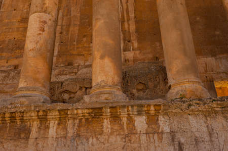 Baalbek Ancient city in Lebanon.Heliopolis temple complex.near the border with Syria.remains Banque d'images - 93072730