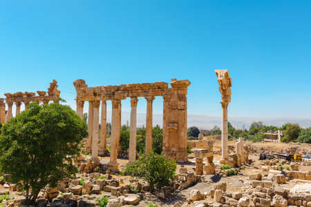 Baalbek Ancient city in Lebanon.Heliopolis temple complex.near the border with Syria.remains Banque d'images - 92880261