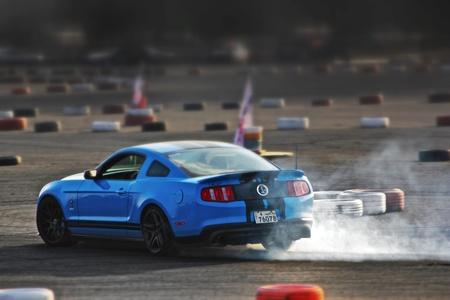 drifting: Shelby GT500 Drifting