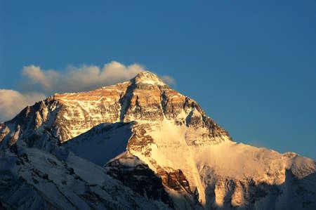 mount everest: Landschaft des Mount Everest in Tibet, China Lizenzfreie Bilder