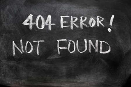 났습니다: 의 웹 페이지 404 오류 칠판에 쓰여진 찾을 수 없습니다
