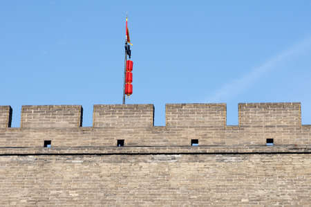 chinese wall: Landmark details of the historic city wall of Xian, China