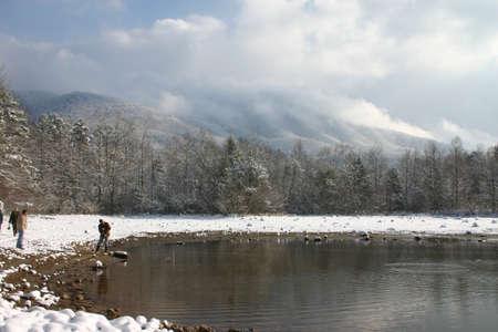 smokies: Lago mountians y en invierno con la nieve. Tennessee Smokies. India frontera Park